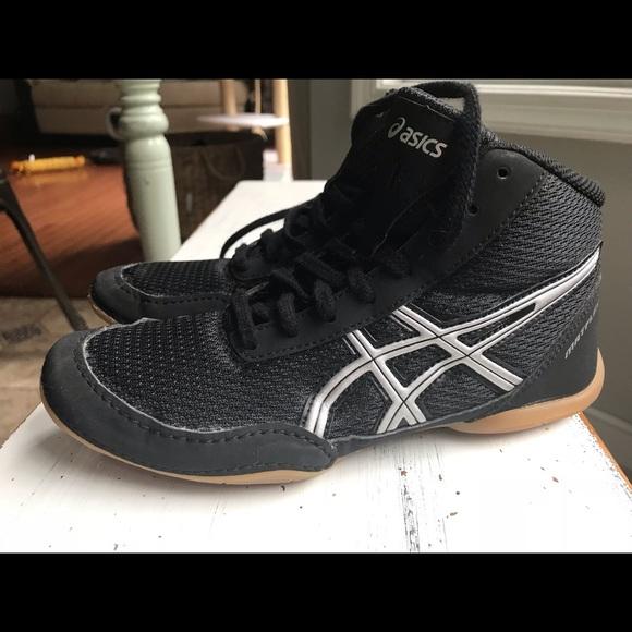 asics youth wrestling shoes size 4.5 04